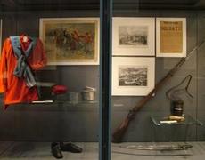 Ravenna, Museo del risorgimento, esposizione di uniformi, armi e altri cimeli