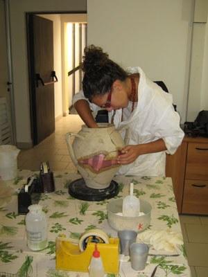Cantiere scuola per il restauro di reperti ceramici, Museo di S. Lazzaro di Savena (BO)