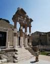 Due passi nel Capitolium di Brescia
