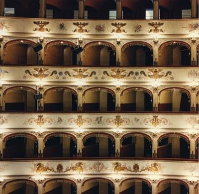 Ferrara, Teatro Comunale, vista sui palchi