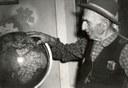 Museo Cervi Alcide Cervi e il mappamondo negli anni '60