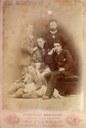 """Casa Museo Villa Saffi Giorgina Saffi con i figli (Biblioteca Comunale """"Saffi"""" di Forlì, Fondo Piancastelli)"""